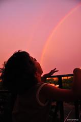 Jugo de Colores (Patoh!) Tags: arcoiris atardecer nio comiendo