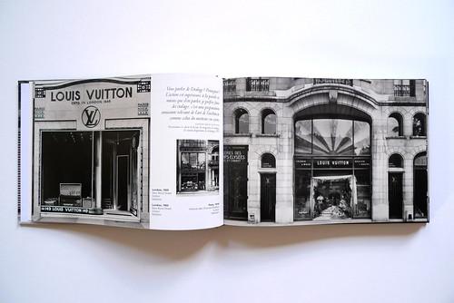 Livre L'architecture fait du lèche-vitrines de Philippe Trétiack
