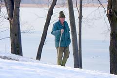 Tra la neve e il ghiaccio (Emanuele Spano') Tags: lago neve inverno brianza lombardia ghiaccio civate virgiliocompany