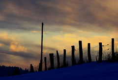 Sunset sky on a very cold Winter -evening (rolfspicture) Tags: winter sunset sky sun snow cold clouds fence sauerland