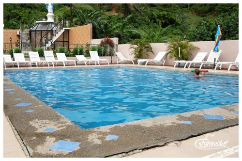 hannah's pool