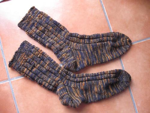Globe Trotter Mahogany Socks