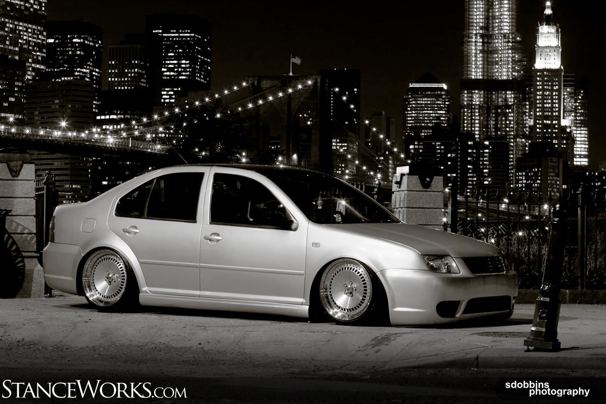 VW Jetta: 2005 mk4 GLI slammed