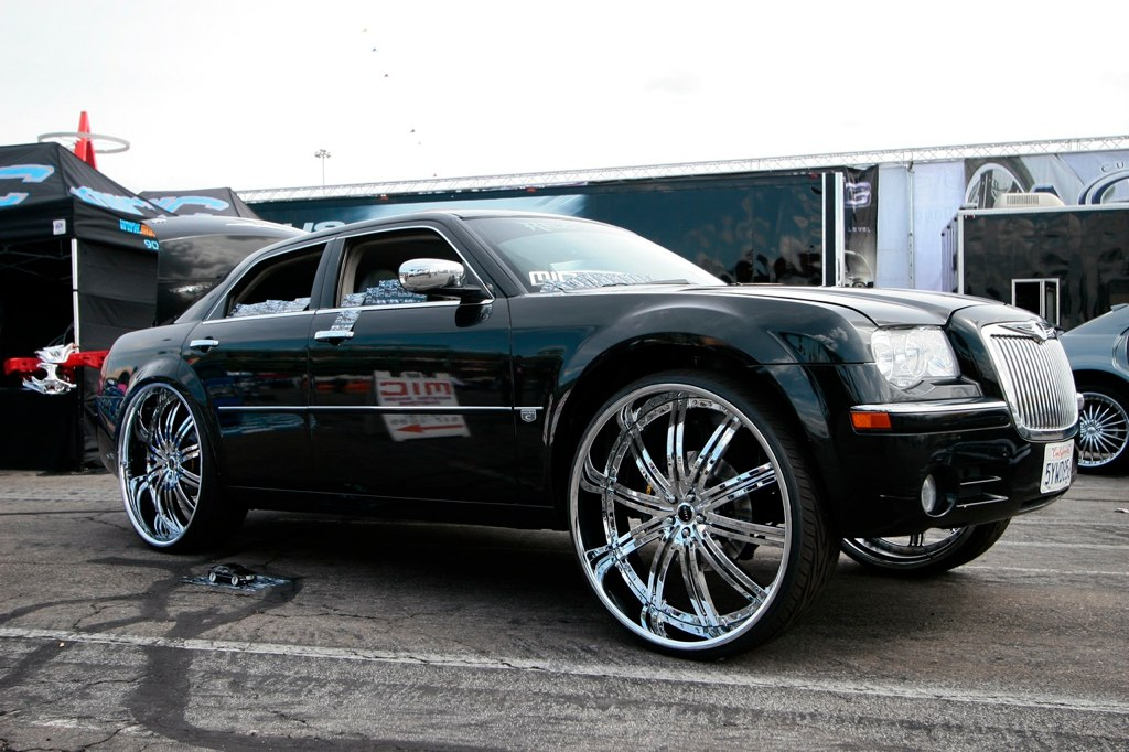 Chrysler 300 On 30s Page 2