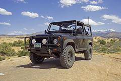 usa ut desert indoor adventure moab landrover nas defender convertable softtop d90 northamericanspecification nasd90