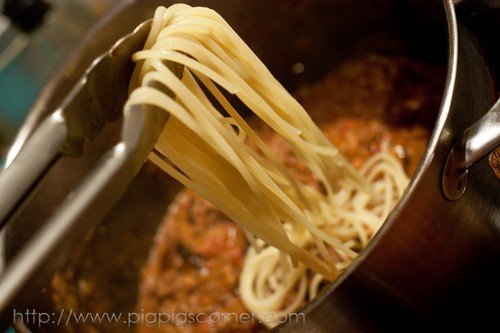 Spaghetti with Creamy Wild Mushrooms and Meat Sauce 6