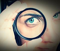 79/365 (Giovanna Faustini) Tags: selfportrait eyes olhar autoretrato olho lente project365 projeto365
