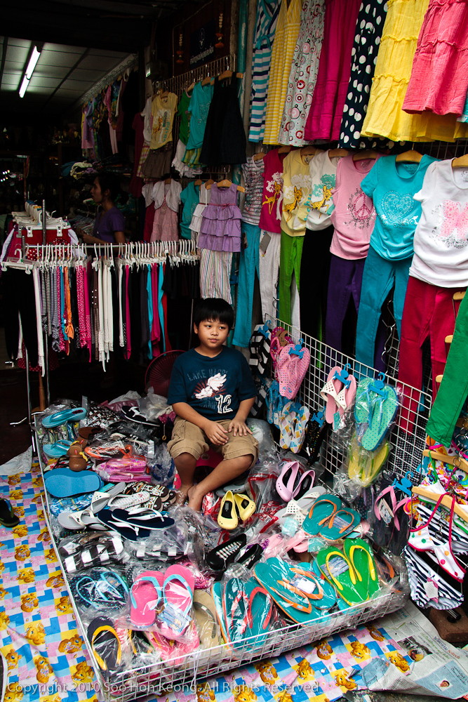 Young Vendor @ Money Diluting Lane, Bangkok, Thailand
