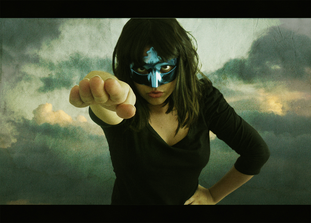 Superheroina de antifaz de cumpleaños