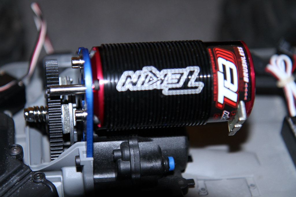 Brushless 3905 Emaxx Project truck  IMG 2819