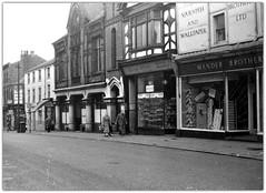 Friargate, Preston 1962 (Preston Digital Archive) Tags: brothers mander