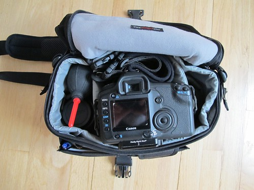Lowepro Stealth Reporter 200 loaded