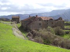 IMGP0144 (gzammarchi) Tags: casa italia nuvola natura campagna pietra montagna paesaggio monti cascina camminata itinerario coniale firenzuolafi