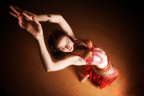 Belly Dancer - Eszter Edl