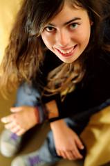 Mauren (loquenoves) Tags: senior 50mm mujer ella amiga linda bella f18 2010 especial madrina maurenbouillet