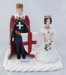 Wedding Cake Toppers of King Richard and Queen Victoria (pauline@weddingtreasures) Tags: wedding groom bride weddingcake fimo figurines clay sculpey shield bouquet queenvictoria royalty crowns kingrichard polymer stgeorgecross weddingcaketoppers