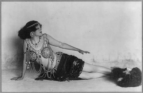 gertrude hoffmann as salome c 1908