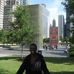 "Millenium Park fountain<a href=""//farm5.static.flickr.com/4033/4543650555_b7666c1df5_o.jpg"" title=""High res"">&prop;</a>"