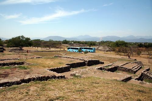 Las Campanas Pyramids - Tour Buses