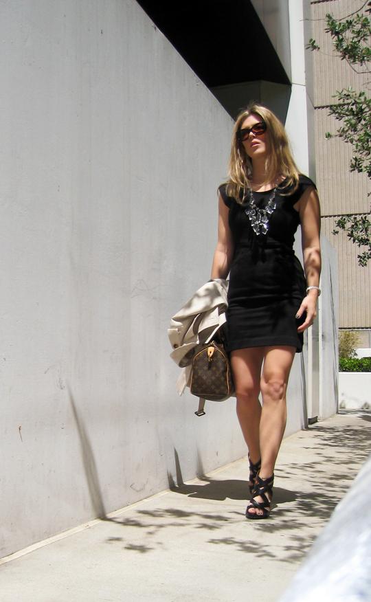 little black dress+muscular legs+strappy wedges+burberry trench+louis vuitton+prada chandelier necklace DIY