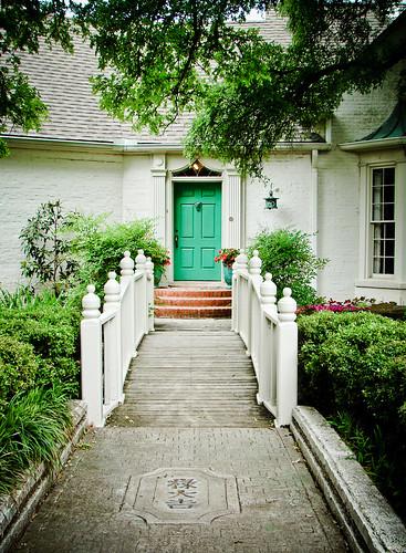 121/365: Turquoise Door