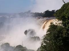 Iguazu 020 (BruiseJ) Tags: southamerica nature water argentina landscape rainforest waterfalls tropical cataratas nationalparks beautifulnature puertoiguazu wondersofnature wwwmeetusinmunichcom