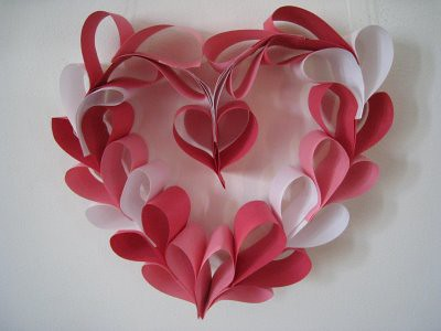 4587436204 385d547599 Paper Hearts and Flowers for Moms Day