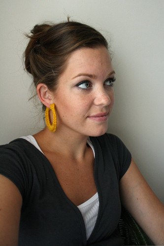 HOOP EARRINGS WITH EMBROIDERY THREAD