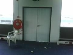 dit was een blauwe deur (d-Tail Company) Tags: company 24 pieter zaandam nieuwe dtail adres ghijsenlaan
