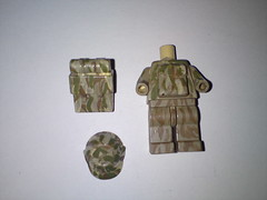 camoflauge painted ( !! ) Tags: green usmc cat dark bag soldier army us marine gun lego military wwii tan suit weapon sniper ww2 stealth a3 guns vest minifig a4 bomb medic a2 weapons m16 brickarms brickforge bandoiler accories