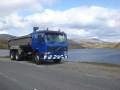 maclennan contractors L345 EFC (corkyceosboy) Tags: plant mercedes j volvo d south north lewis spray mackenzie western chip council erf mackay harris isle isles uist scania stornoway contractors foden amk luskentyre maclennan