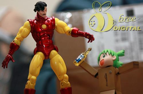 Iron Man vs Yotsuba