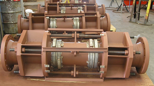 Universal Expansion Joints for an Engineering and Construction Company
