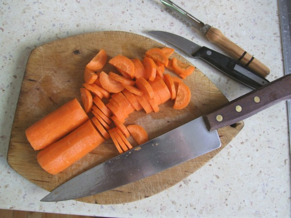 Dicing the carrot