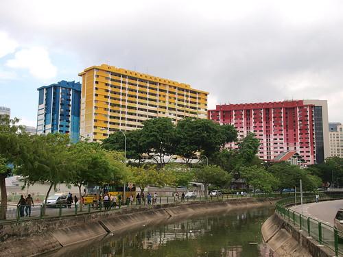 顏色鮮艷的大樓