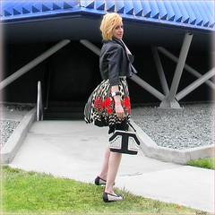 Britta Long Beach Cool ~ (Dom Guillochon) Tags: california usa art colors fashion fog bag fun model unitedstates sandiego couleurs posing longbeach fashionista britta colori chill californiacoast sandiegomodel domguillochon brittabay
