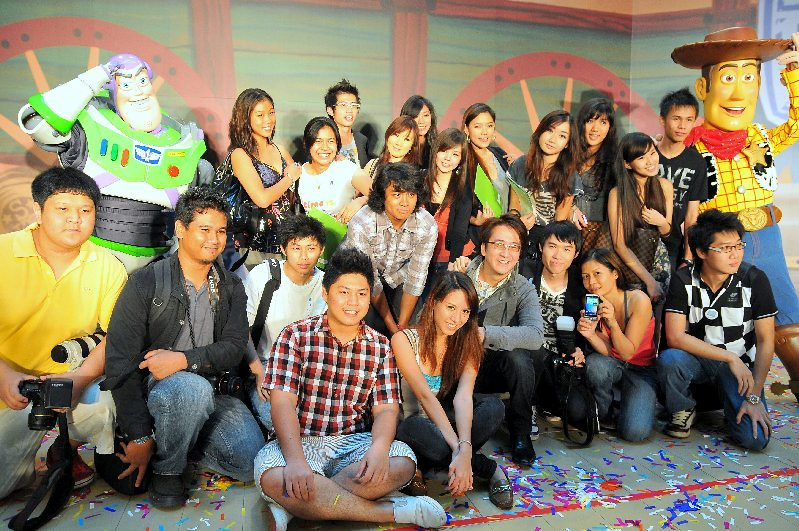 toy story 3 group shot
