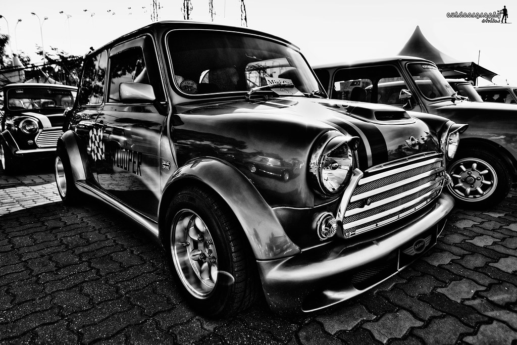 Mini Cooper | B&W HDR (by Sir Mart Outdoorgraphy™)