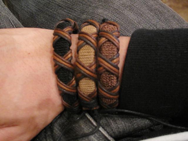 Fabric bracelets 02