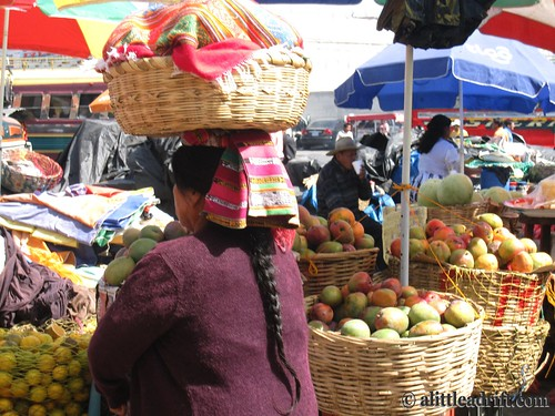 Guatemalan Women Balances Market Fruits