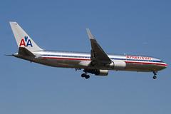 N382AN - 25451 - American Airlines - Boeing 767-323ER - 100617 - Heathrow - Steven Gray - IMG_4420