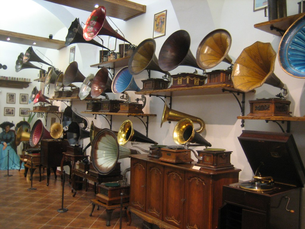 Phonographs by trp0, on Flickr