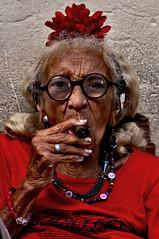 *La Autentica Cuba* (RominikaH) Tags: old portrait woman la mujer nikon photos retrato havana cuba vieja anciana habana cubana arrugas d90 autentica autentic rominikah