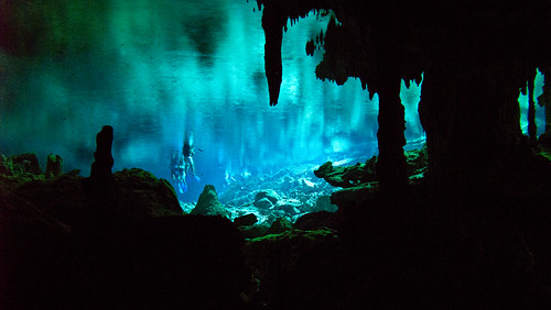 Cenote Dos Ojos 05