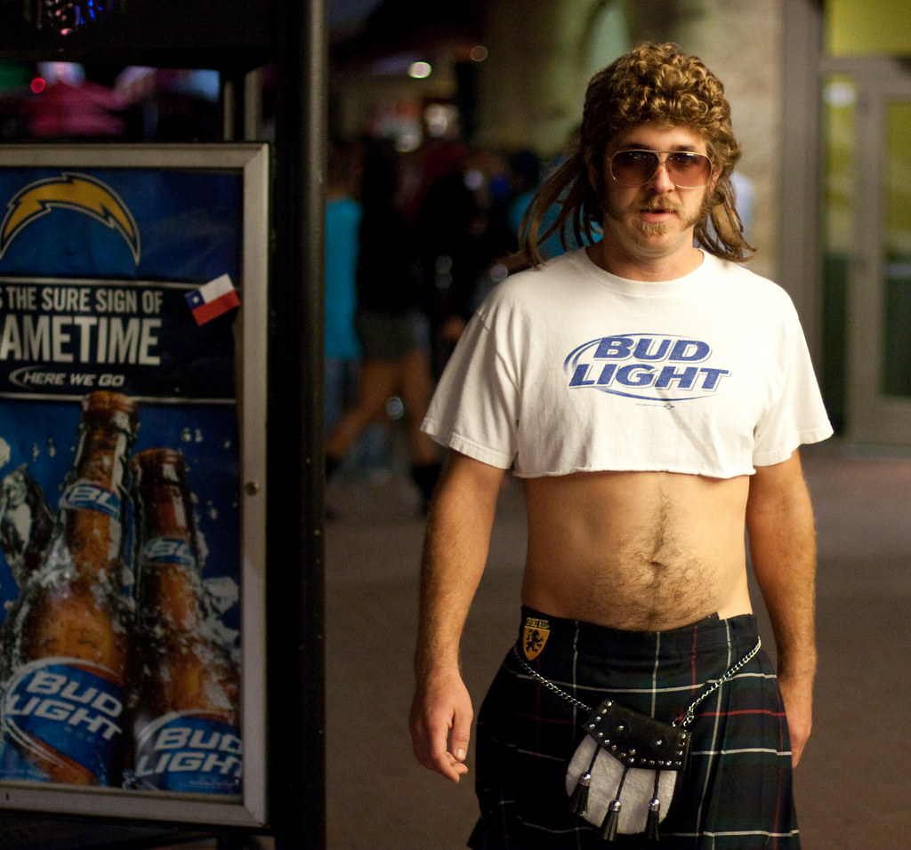 Bud Light Man (San Diego Shooter) Tags: Costumes Girls Portrait Halloween  Girl Costume