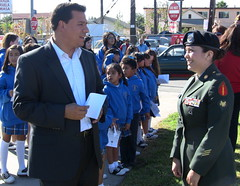 Councilmember Jose Huizar-Iraqi War veteran Veronica Mayela Martinez-Veterans Day-Cinco Puntos