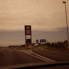 On the road (St James Gate) Tags: texaco ontheroad roadpics gasstation vintage motorway autoroute