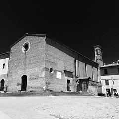 IMG_0105 (Tenzin Osel) Tags: tuscany sangimignano summer toscana viafrancigena estate cavalieridisantafina piazzasantagostino