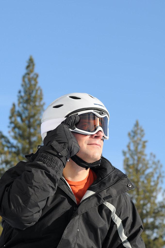 Liquid Image Snow Camera (action shot 3)