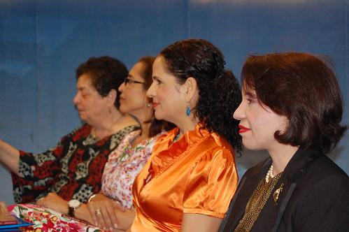 Las autoras y la traductora